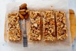 Low-carb granola bar
