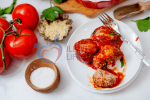 low-carb meatball in tomato sauce